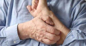 Как лечить сухую экзему на руках