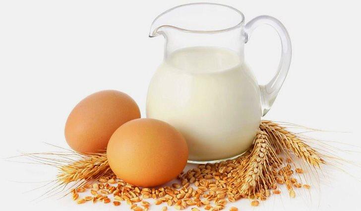 Молоко и яйца - источники витамина В12