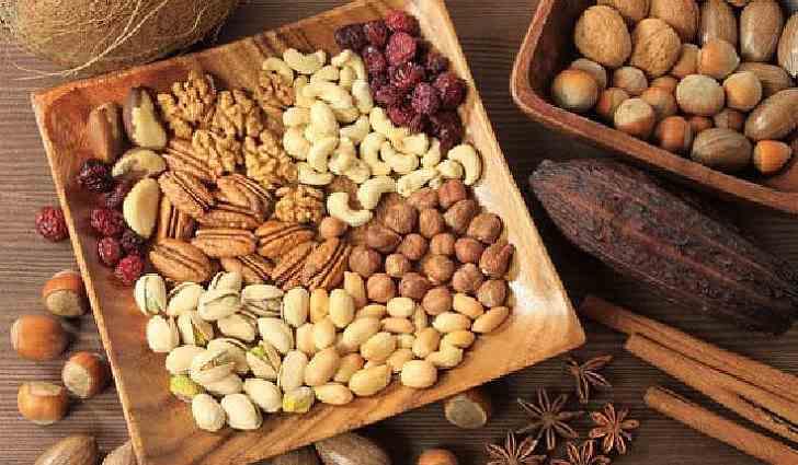 Орехи содержат углеводы