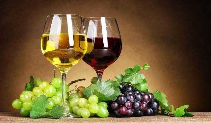 Вино укрепляет ногти